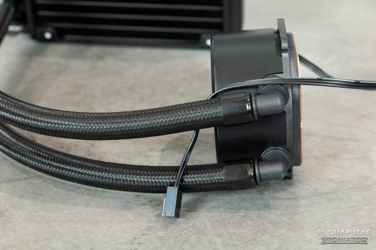 Nfortec Hydrus RGB 120 - Bomba - Salida tubos
