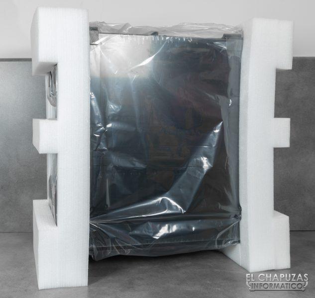 Thermaltake View 71 TG ARGB - Embalaje interior