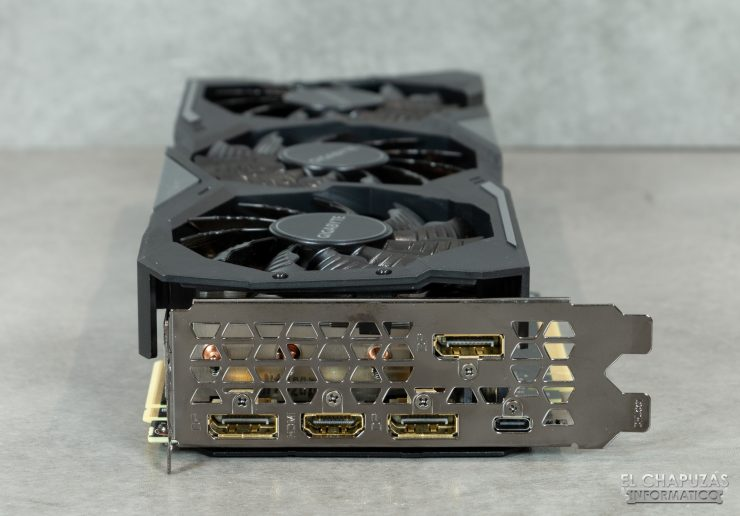 Gigabyte GeForce RTX 2080 SUPER Gaming OC 8G - Conectores