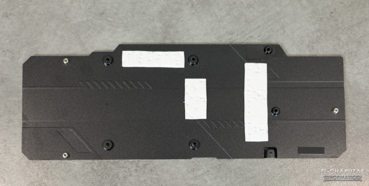 Gigabyte GeForce RTX 2080 SUPER Gaming OC 8G - Backplate desmontado