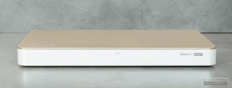 QNAP HS-453DX - Vista frontal