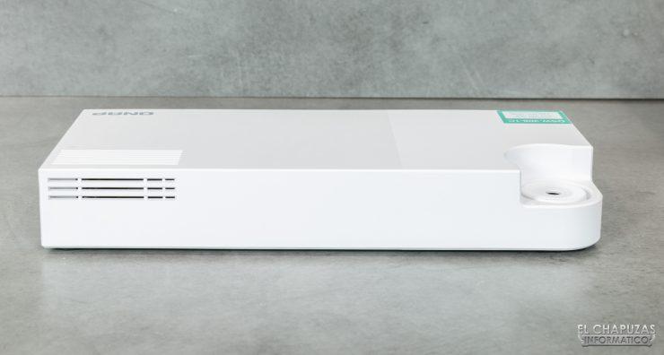 QNAP QSW-308 - Lado trasero