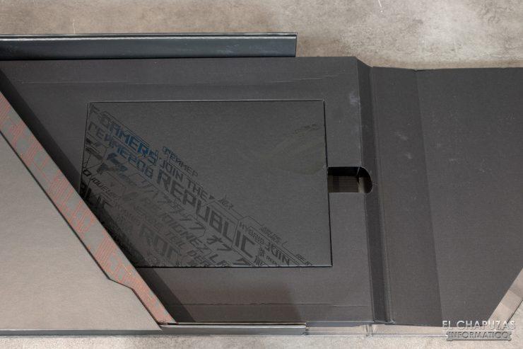 Asus ROG Zephyrus S GX502GW - Embalaje interior 3