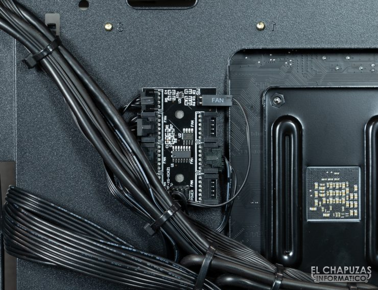 CoolPC Black VIII - Interior 10