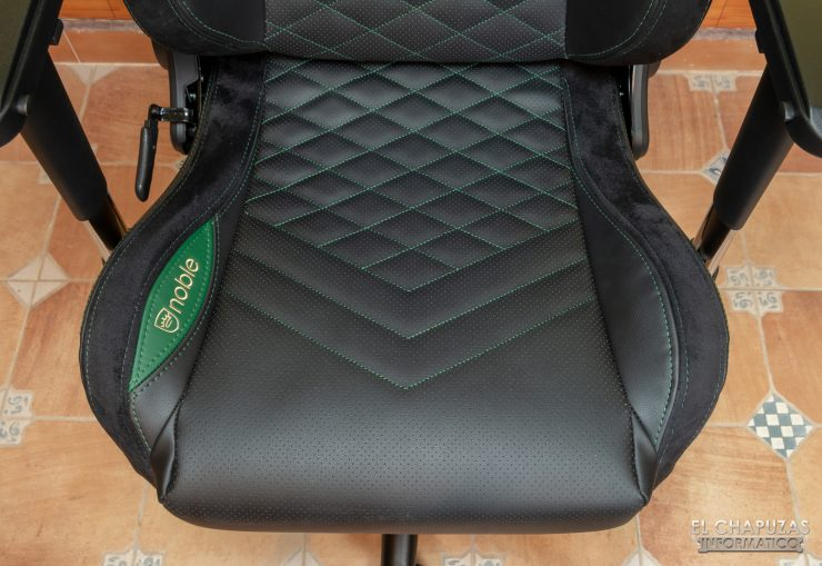 noblechairs EPIC - Asiento