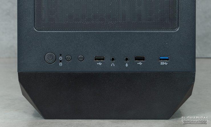 Antec NX800 - Conectores
