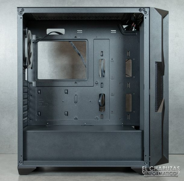 Antec NX800 - Interior - Lado principal