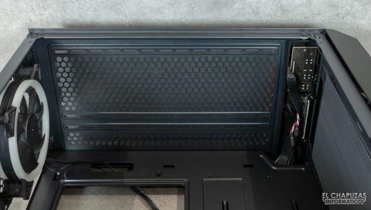Antec NX800 - Interior - Lado superior