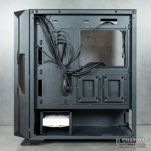 Antec NX800 - Interior - Lado secundario