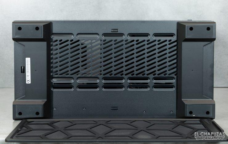 Antec P120 Crystal - Exterior 9