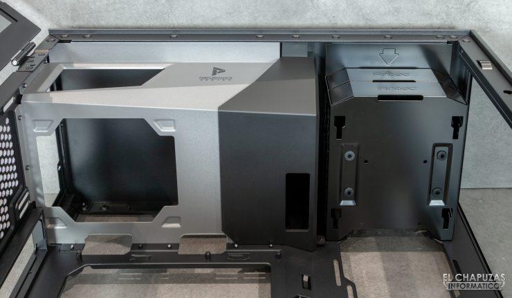 Antec P120 Crystal - Interior superior