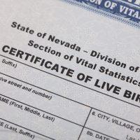 Más de 752.000 certificados de nacimiento de Estados Unidos se filtran online