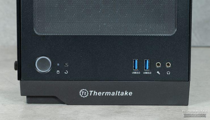 Thermaltake H100 TG - Botones y conectores