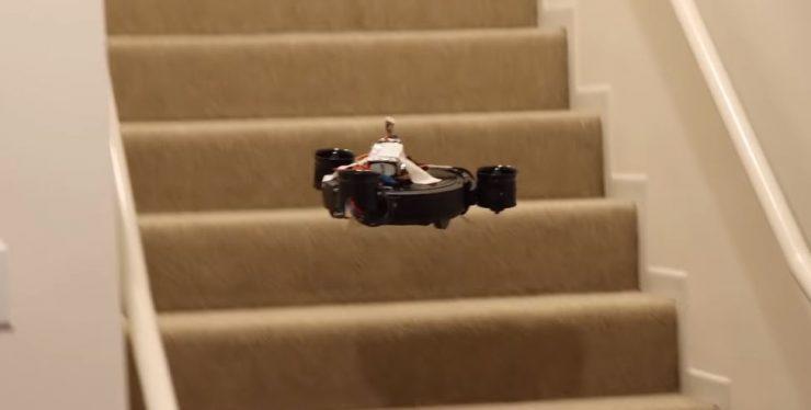 robot aspiradora que vuela 740x374 0