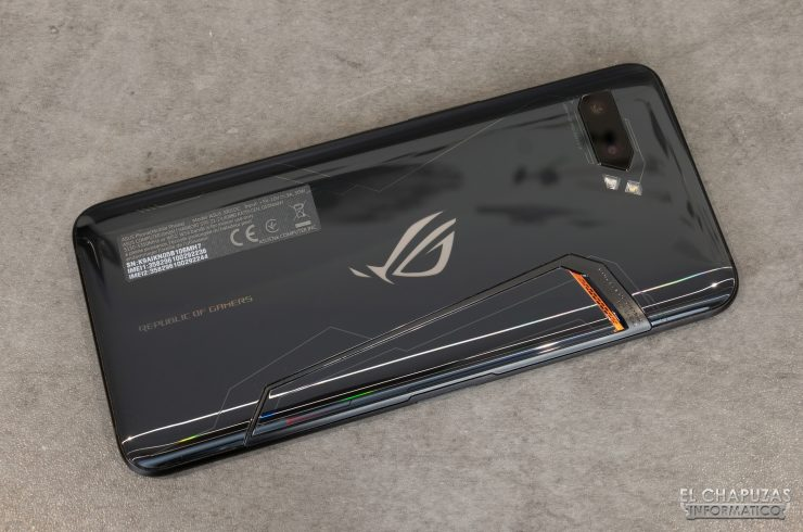 Asus ROG Phone II - Trasera