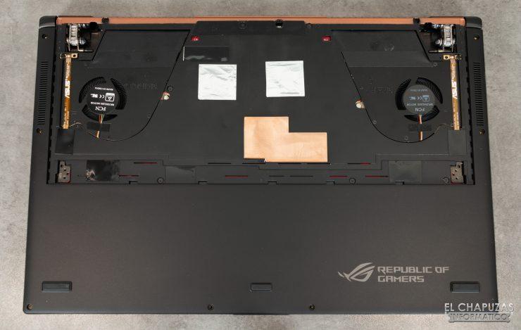 Asus ROG Zephyrus S GX701GXR - Base abierta