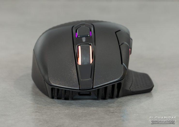 Corsair Dark Core RGB Pro - Lado frontal