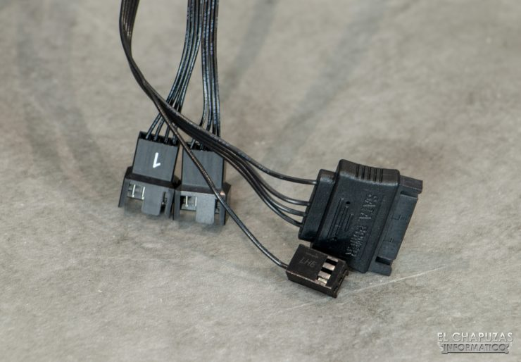 Corsair iCUE H100i RGB Pro XT - Cableado
