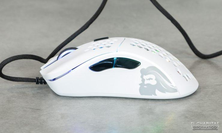 Glorious PC Gaming Race Model D - Lateral izquierdo