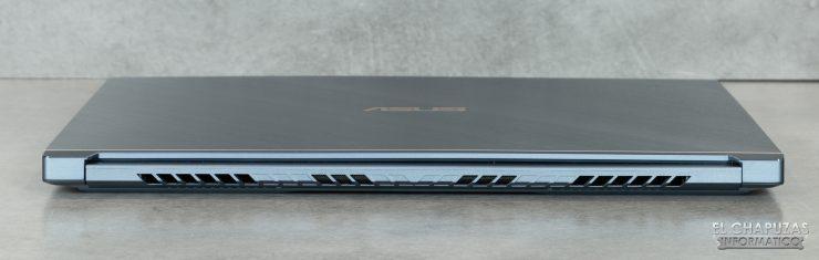 Asus ProArt StudioBook Pro 17 - Margen trasero
