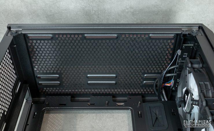 Corsair iCUE 220T RGB - Interior 5