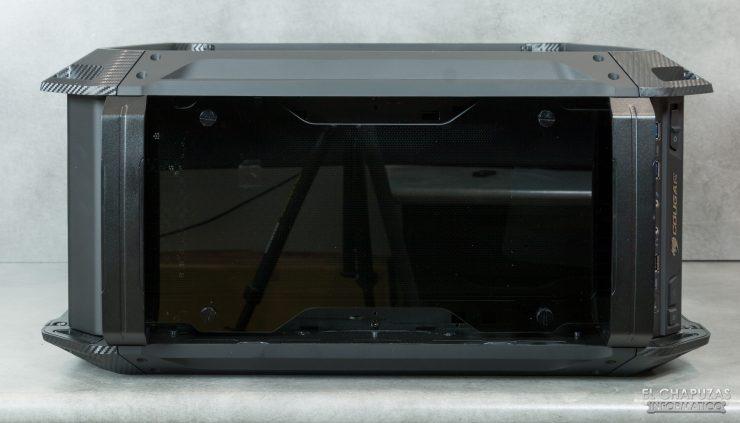 Cougar Panzer EVO RGB - Lado superior