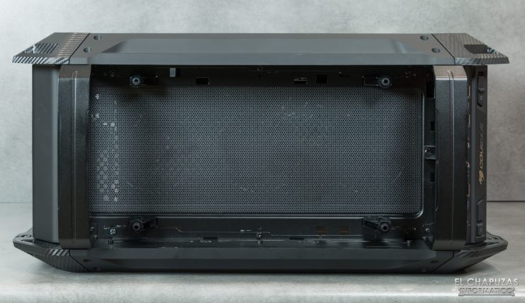 Cougar Panzer EVO RGB - Interior - Lado superior exterior