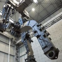 En Japón están fabricando un Gundam de 18 metros de altura, y ya se mueve, bueno, un poco