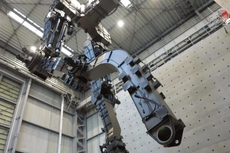 Gundam de 18 metros 740x493 0