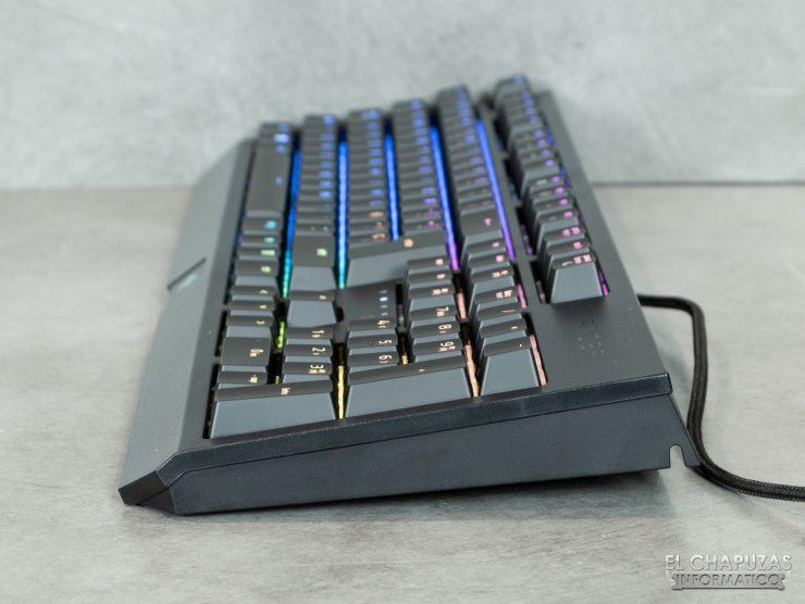 Razer Blackwidow 11 1 740x556 13