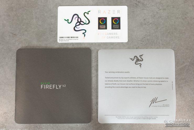 Razer Firefly V2 - Accesorios