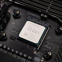 Der8auer crea un bracket especial para los AMD Ryzen 3000 que reduce la temperatura en 7ºC