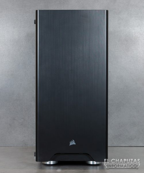 Corsair Carbide 275R - Exterior - Frontal