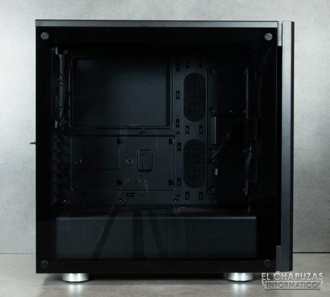 Corsair Carbide 275R - Exterior - Lado principal