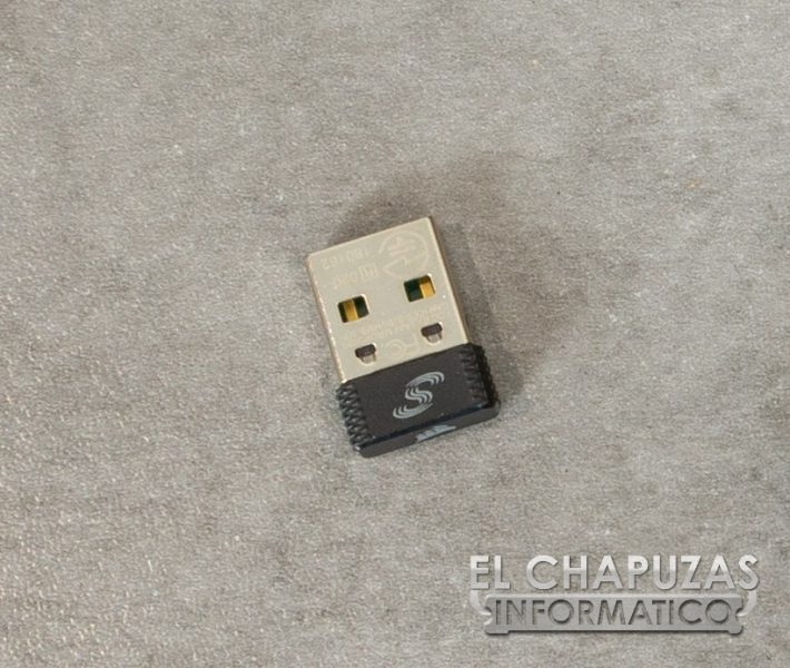 Corsair K57 RGB Wireless - Accesorios 3