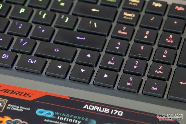 Gigabyte Aorus 17G XB - Teclado en detalle