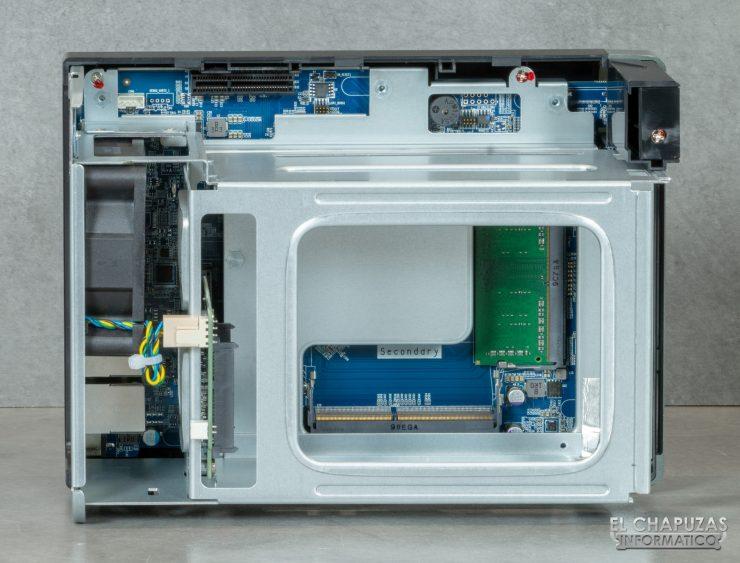 QNAP TS-253D - Vista interior