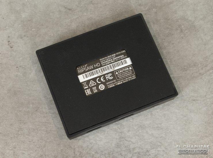 Razer Ripsaw HD - Vista inferior