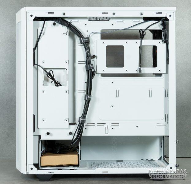 Be Quiet! Pure Base 500DX - Interior - Lateral secundario