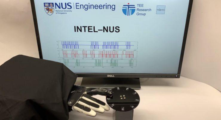 Intel robot tacto 740x402 0
