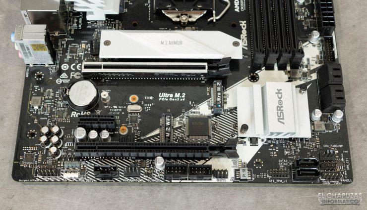 ASRock B460M Pro4 - Conectores margen inferior