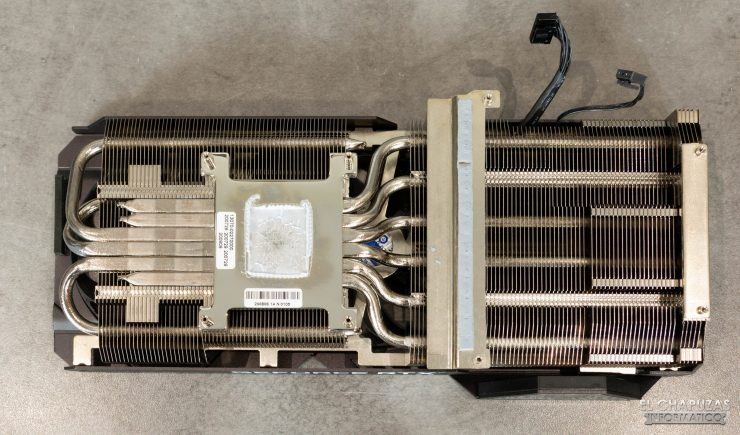 Disipador de la Asus TUF GeForce RTX 3080 OC