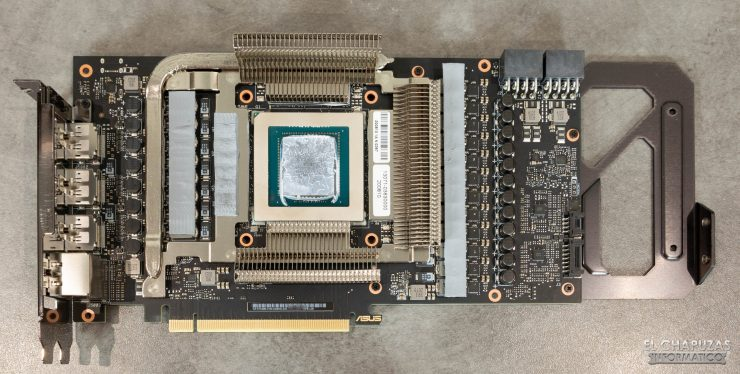 PCB con disipadores de la Asus TUF GeForce RTX 3080 OC