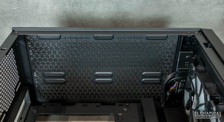 Corsair iCUE 4000X RGB - Interior lado superior