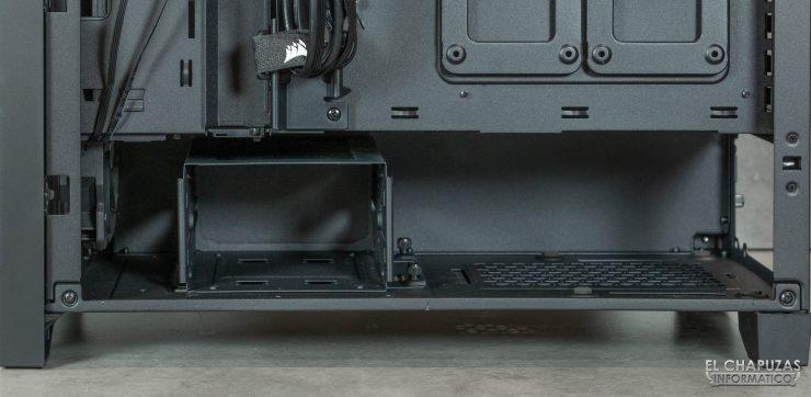 Corsair iCUE 4000X RGB - Interior lado secundario - Zona inferior