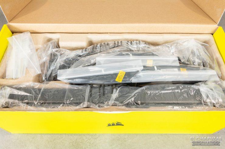 Corsair iCUE H150i Elite Capellix - Embalaje interno