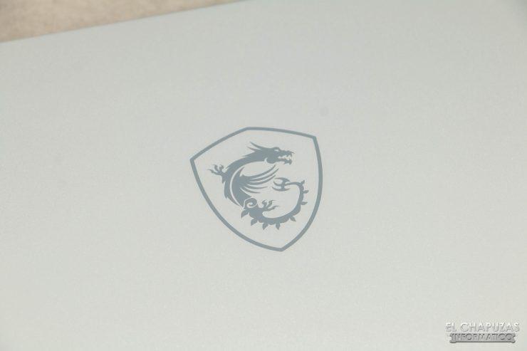 MSI Creator 17 A10SGS - Detalle logo