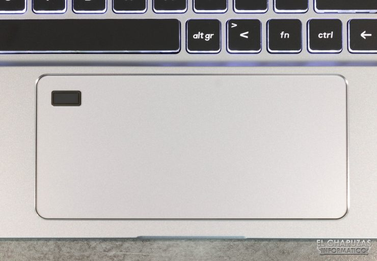 MSI Creator 17 A10SGS - Touchpad
