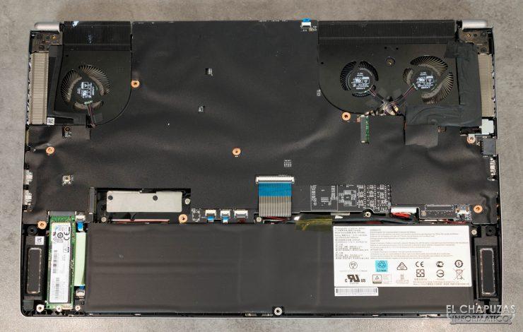MSI Creator 17 A10SGS - Cooler Boost Trinity+