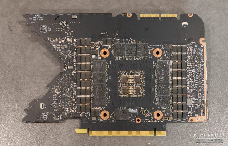 Nvidia GeForce RTX 3090 Founders Edition - PCB trasero